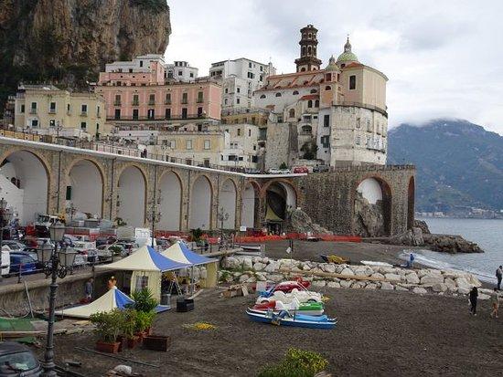 Atrani, Italien: Le village