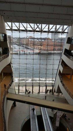 Зеландия, Дания: Den sorte diamant og det kongelige biblioted