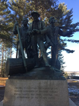 Lumberman's Monument Park: photo0.jpg