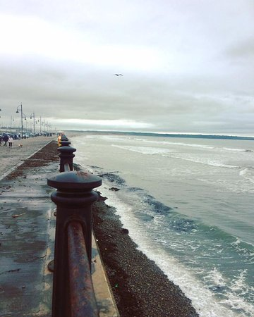 Tramore, Irland: The Prom