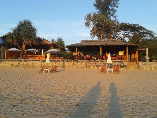 Nik's Garden : Vue depuis la plage