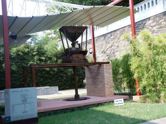 Museu De Artes & Oficios: Jardim das Energias