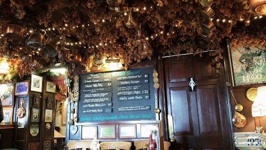 Robin Hood Pub - Icklesham