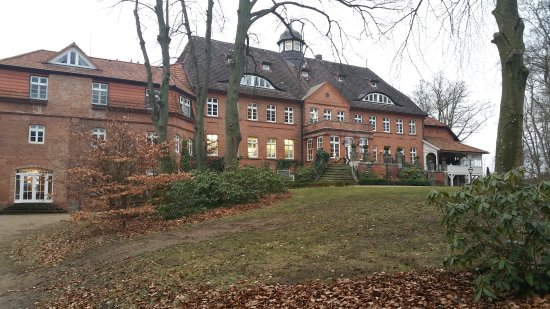 Crivitz, Deutschland: Das Schloss von der Parkseite aus