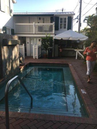 Albury Hotel Key West Fl