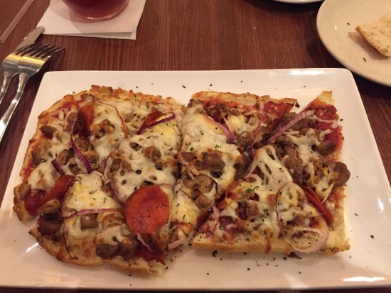 Woodbridge, VA: flatbread pizza