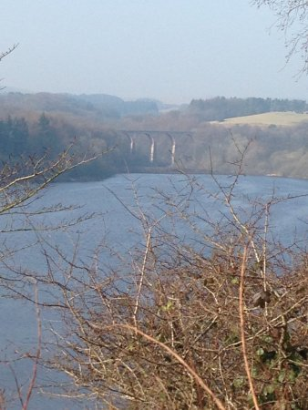 Bolton, UK: Lovely countryside whilst walking around the three reservoirs of Entwistle, Wayoh & Jumbles.