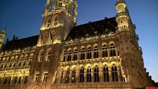 Novotel Brussels Grand Place Bild