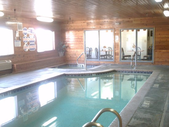 Comfort Inn: Fun and relaxing heated Indoor pool and spa