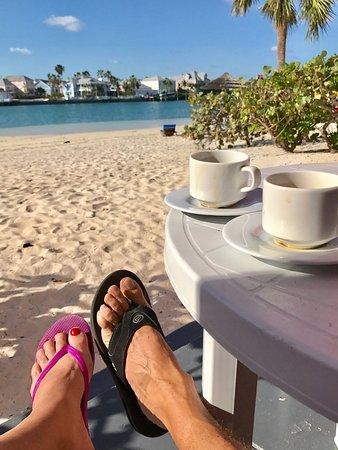 Sandyport Beach Resort: photo0.jpg