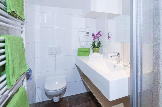 House Maria: Hochwertige Badausstattung