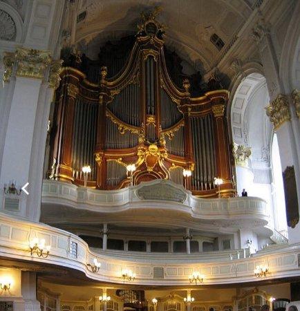 Hauptkirche St. Michaelis: photo0.jpg