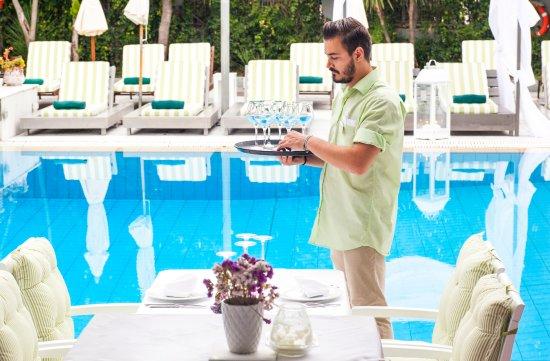 La piscine art hotel from 59 6 0 updated 2017 for Art piscine hotel skiathos