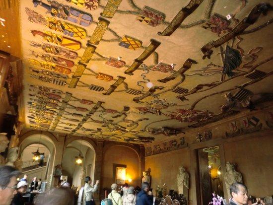 Chateau de Modave : 天井の家系図