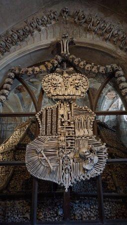 Sedlec, Τσεχική Δημοκρατία: Brasão de ossos