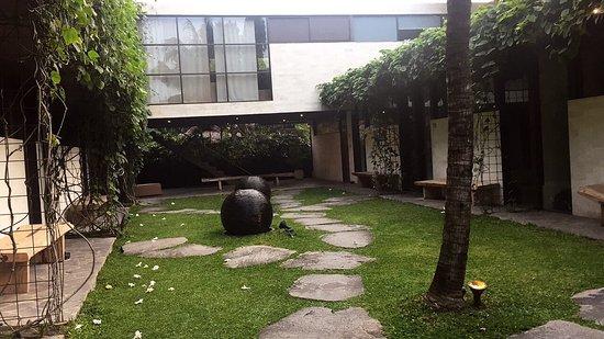 Clio Apartments