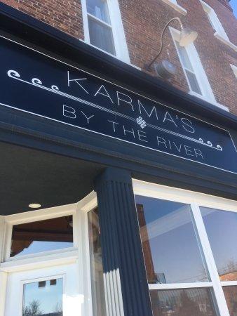 Campbellford, Kanada: Karma's By The River