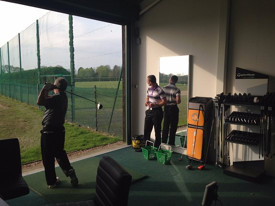 Burgess Hill, UK: Professional Tuition from Qualified PGA Instructors