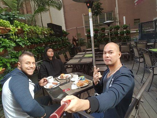 Xi Hotel: 20170122_084046_large.jpg