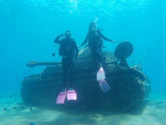 Aqaba Pro Divers: Tank at Seven Sisters Reef