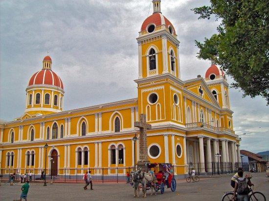 Granada unas de las ciudades mas bellas de Nicaragua