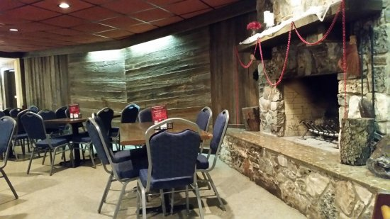 Castroville, เท็กซัส: one of the dining areas