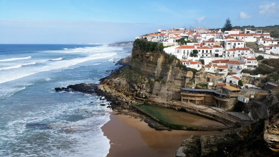 Azenhas do Mar, Portugal: Perfect place for weekends