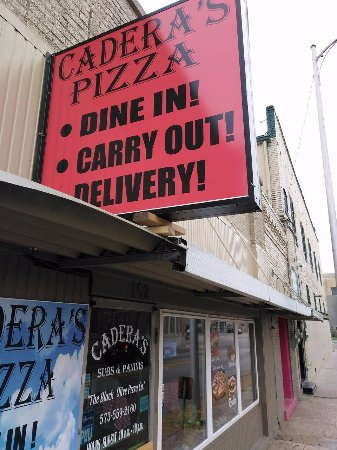 Kennett, MO: Locally owned, delicious food, friendly service!!