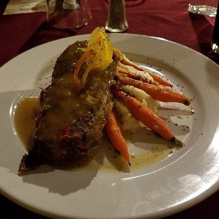 The Lantern Restaurant & Bar: The Meatloaf