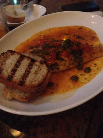 Surfside, FL: marinara fish amazing