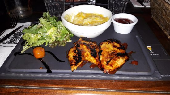 La Garde, Francia: Union Jack chicken