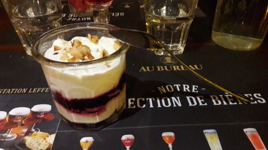 Cream berries picture of au bureau la garde tripadvisor