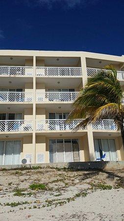 Outside of our building fotograf a de divi carina bay all - Divi builder 2 0 7 ...