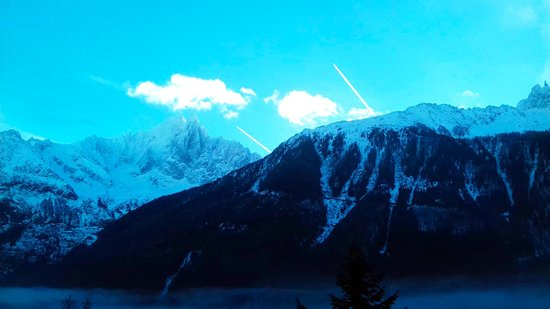 Argentiere, Francia: The view from our room