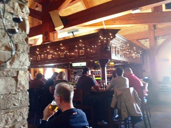 Barrington, IL: Bar Area