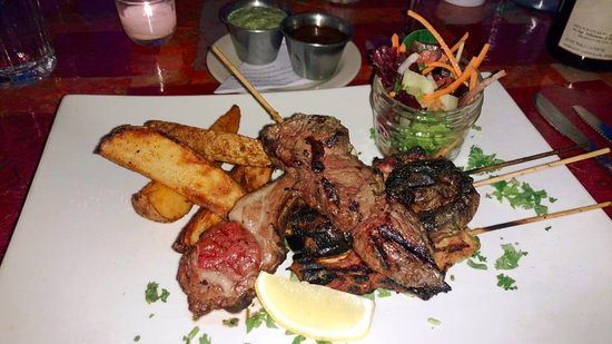 New World Home Cooking: Delicious mixed grill