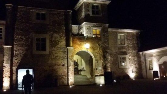 Mellenthin, Tyskland: Das Schloss bei Nacht