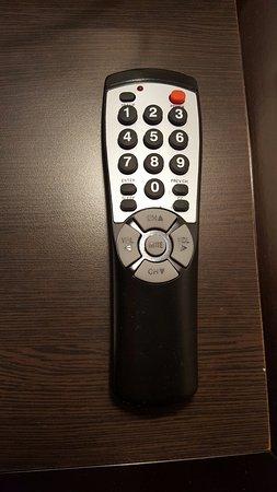 El Segundo, Califórnia: 1980 called, they want their remote control back!