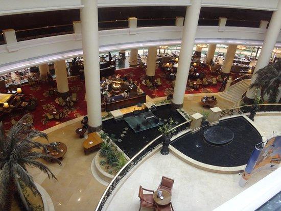 فندق جيه دبليو ماريوت: restaurant