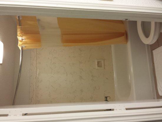 Port Arthur, TX: 2/18/17 Standard Room 1 King Bed