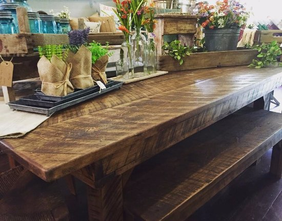High Springs, FL: Custom-Made Farm Tables! Place your order today!