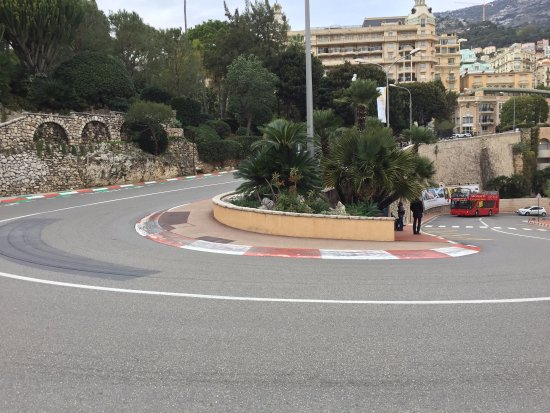 Fairmont Hairpin curve