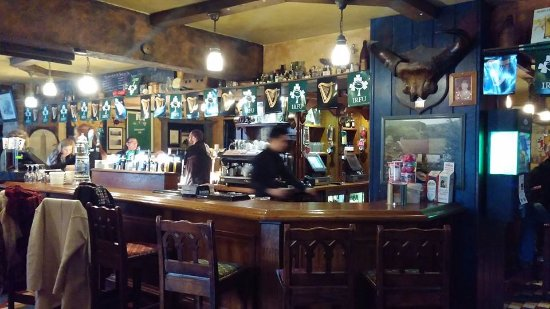 Laragh, Ireland: The pub