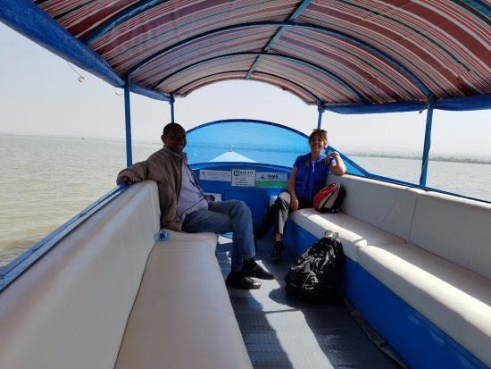 Bahir Dar, Etiopia: Boat ride on Lake Tana to see the monastery. With our guide Tilahun.