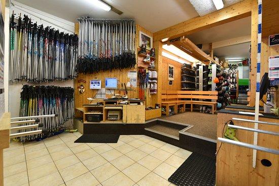 Manigod, France: Réglage ski