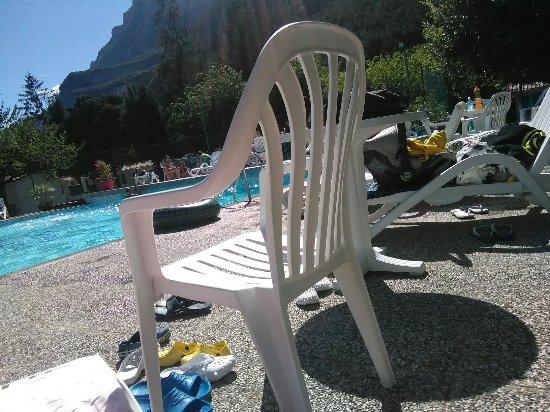 Pietramurata, Włochy: ci si addormenta felici...al Camping Daino! e dopo un tuffo nel Blu....