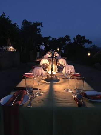 Madikwe Game Reserve, South Africa: Evening Dinner in the nature