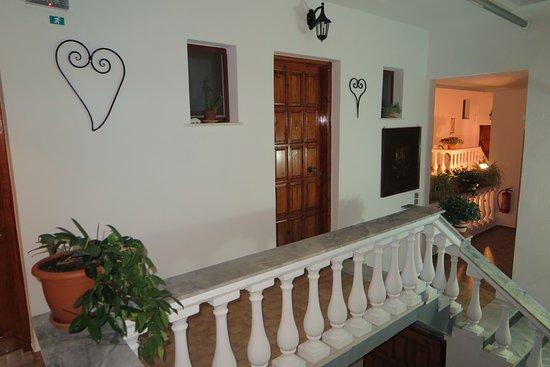 Nikos Vergos: Upper floor of the apartments