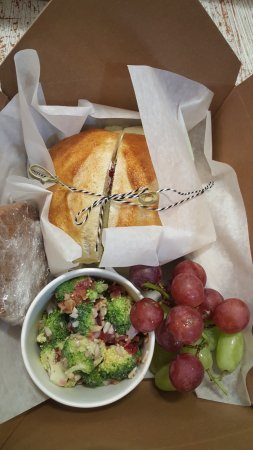 Husum, WA: Ichouse Box Lunch / available for guests with advance notice