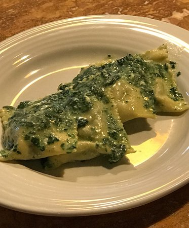 Fabiolous Cooking Day in Rome : Ricotta and spinach ravioli